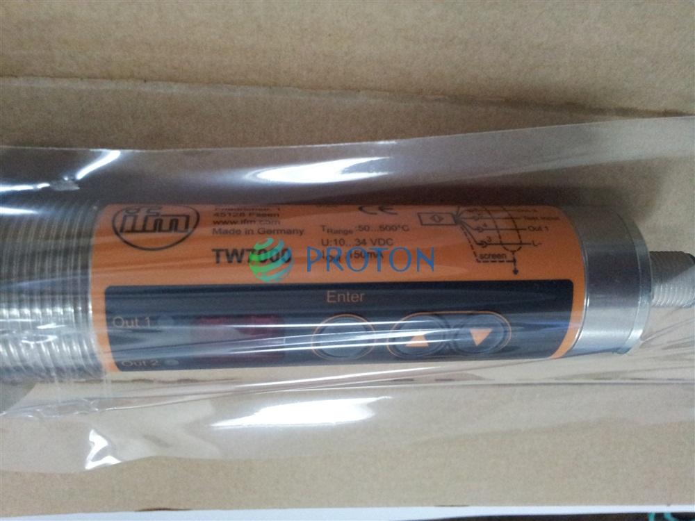Инфракрасный датчик температуры IFM TW7000 в упаковке